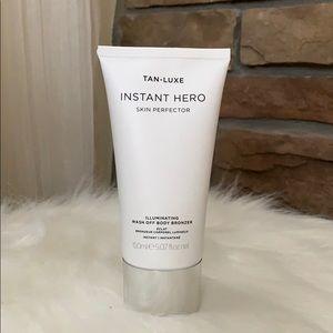 Tan-Luxe Instant Hero skin perfector